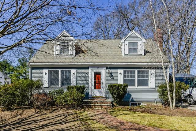129 Grant Avenue, Dedham, MA 02026 (MLS #72635839) :: The Gillach Group