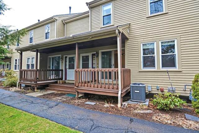 42 2ND AVE #15, North Attleboro, MA 02760 (MLS #72637137) :: Anytime Realty