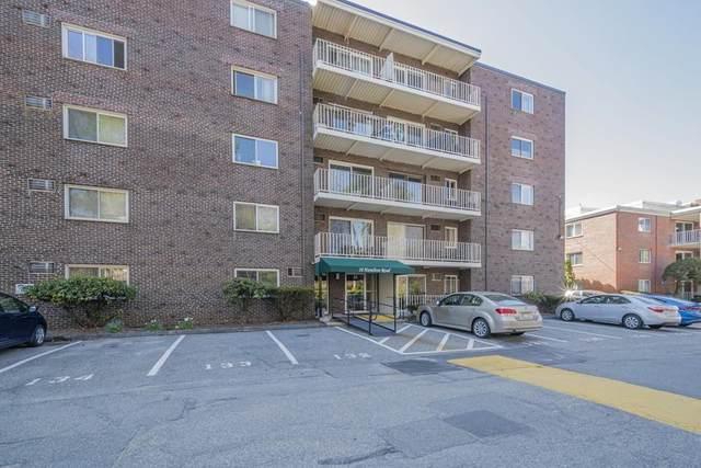18 Hamilton Rd #402, Arlington, MA 02474 (MLS #72638832) :: Westcott Properties