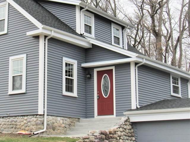 82 West St, Wrentham, MA 02093 (MLS #72638969) :: Spectrum Real Estate Consultants