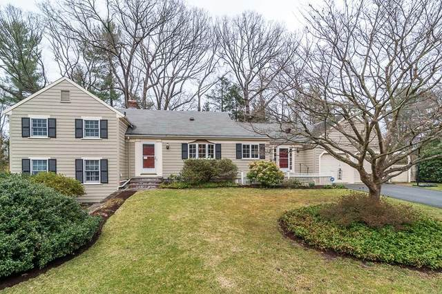 54 Radcliffe Rd, Wellesley, MA 02482 (MLS #72639569) :: The Gillach Group
