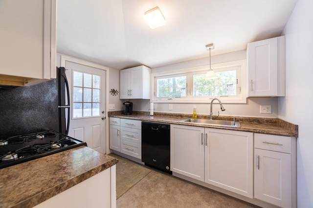 8 Quelle Ln, Marion, MA 02738 (MLS #72640635) :: RE/MAX Vantage