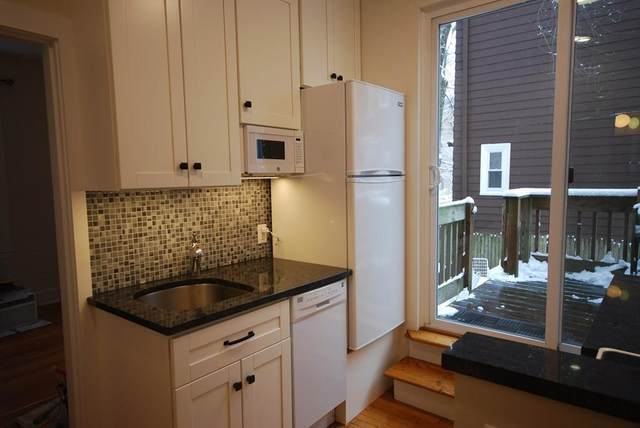 10 Shepard St #5, Cambridge, MA 02138 (MLS #72641156) :: Kinlin Grover Real Estate