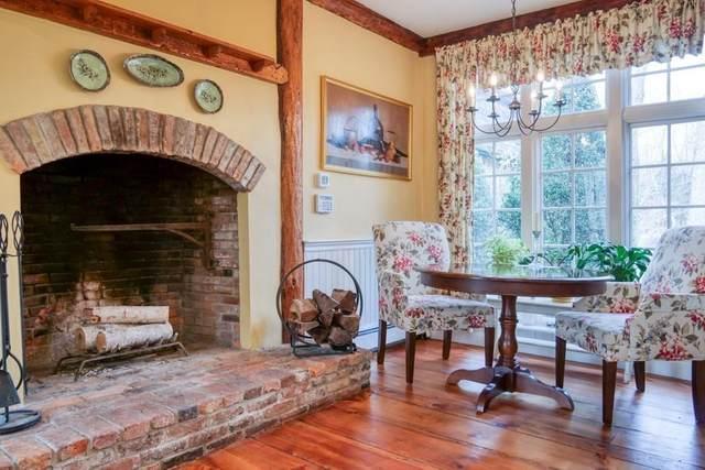 145 Spring Street, West Bridgewater, MA 02379 (MLS #72641430) :: Welchman Real Estate Group