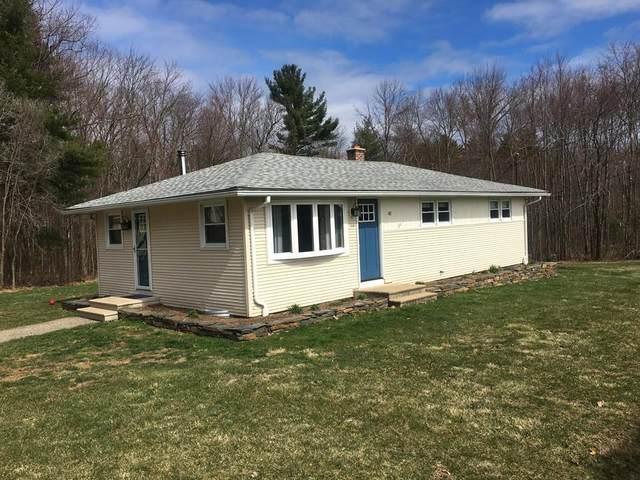 40 Boardman St, Belchertown, MA 01007 (MLS #72642105) :: The Duffy Home Selling Team