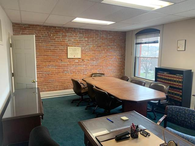 278 Main St #403, Greenfield, MA 01301 (MLS #72642612) :: NRG Real Estate Services, Inc.