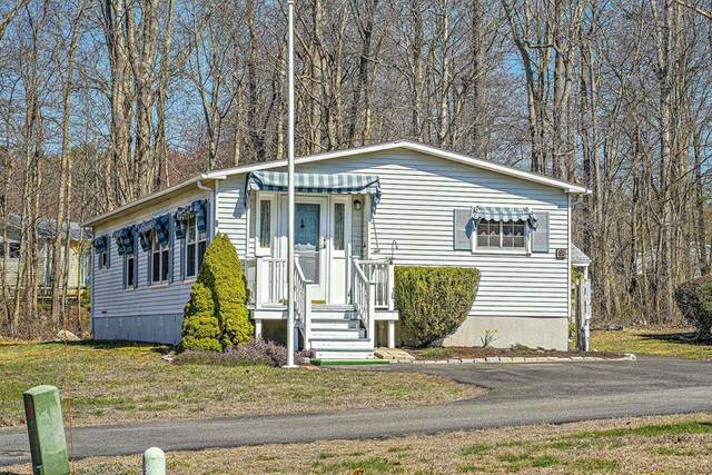 6 Hickory Circle, Rockland, MA 02370 (MLS #72642681) :: Trust Realty One