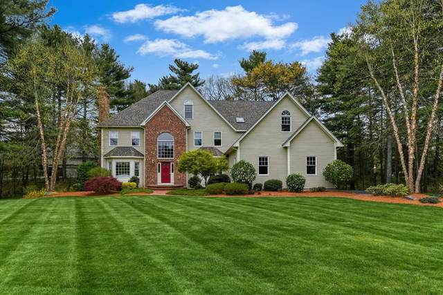 10 Wilkeson Way, Foxboro, MA 02035 (MLS #72654591) :: Westcott Properties