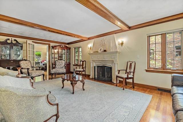 132 Beverly Road, Brookline, MA 02467 (MLS #72658289) :: Conway Cityside