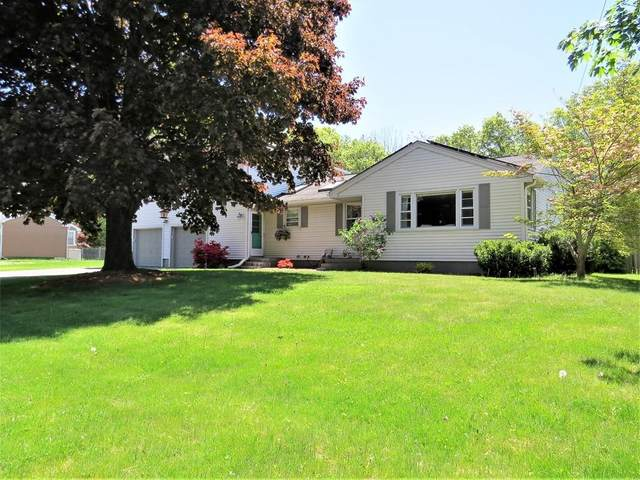 5 Bedford Drive, Grafton, MA 01536 (MLS #72663079) :: Kinlin Grover Real Estate