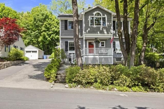 17 Hill Top Rd, Wellesley, MA 02482 (MLS #72663229) :: Westcott Properties