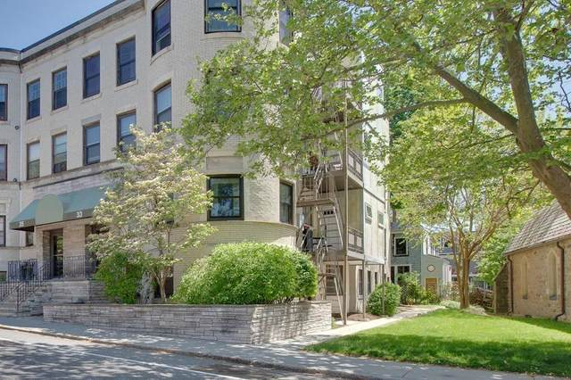 33 St Paul St 33-G1, Brookline, MA 02446 (MLS #72663388) :: Berkshire Hathaway HomeServices Warren Residential