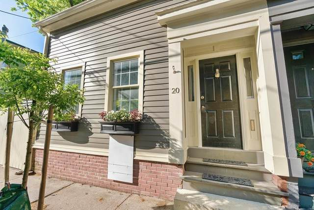 20 Russell Street, Boston, MA 02129 (MLS #72663766) :: DNA Realty Group