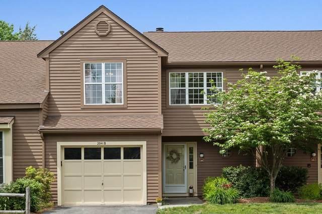 204 Ridgefield Cir B, Clinton, MA 01510 (MLS #72664592) :: The Duffy Home Selling Team