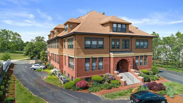 110 South Street #9, Whitman, MA 02382 (MLS #72664598) :: The Duffy Home Selling Team