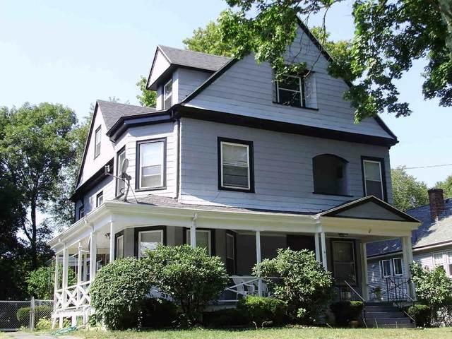 61 Walker St, Newton, MA 02460 (MLS #72665247) :: Maloney Properties Real Estate Brokerage