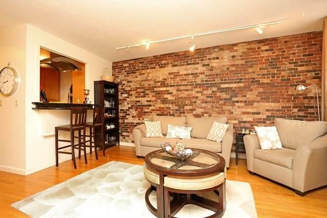 19 Wiget #305, Boston, MA 02109 (MLS #72665267) :: Maloney Properties Real Estate Brokerage