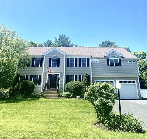 135 Powhattan Drive, Taunton, MA 02718 (MLS #72665816) :: Welchman Real Estate Group