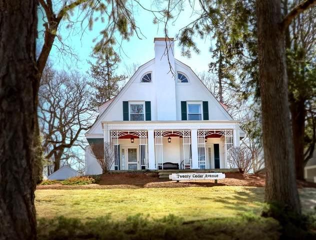 20 Cedar Ave, Stoneham, MA 02180 (MLS #72665822) :: Welchman Real Estate Group