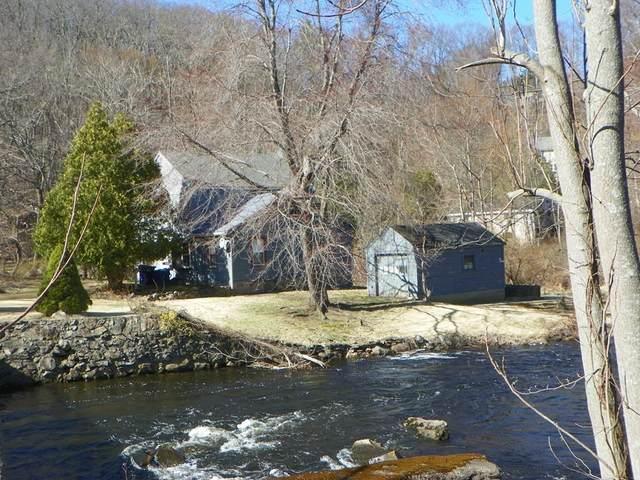 6 Mill St, Maynard, MA 01754 (MLS #72665848) :: Welchman Real Estate Group
