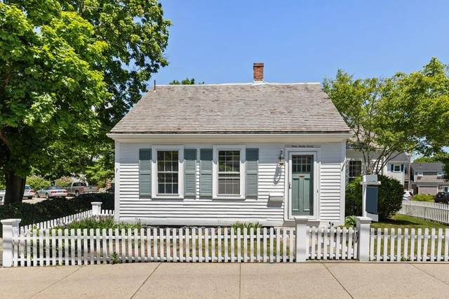 9 South St, Rockport, MA 01966 (MLS #72666317) :: The Gillach Group