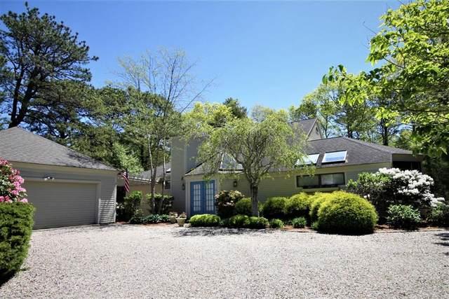 12 Prestwick Lane, Mashpee, MA 02649 (MLS #72666824) :: The Duffy Home Selling Team