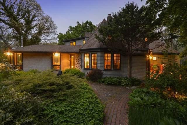 108 Woods Hole Rd, Falmouth, MA 02540 (MLS #72668903) :: revolv
