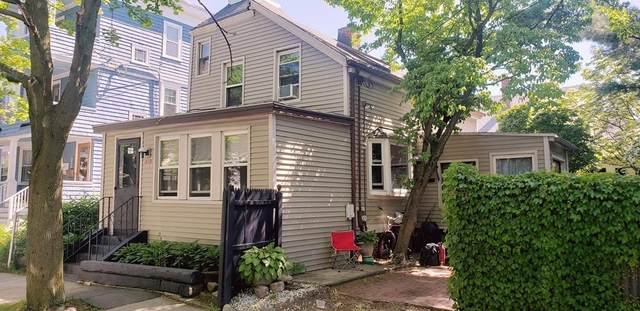101 Montgomery St, Cambridge, MA 02140 (MLS #72671872) :: The Seyboth Team