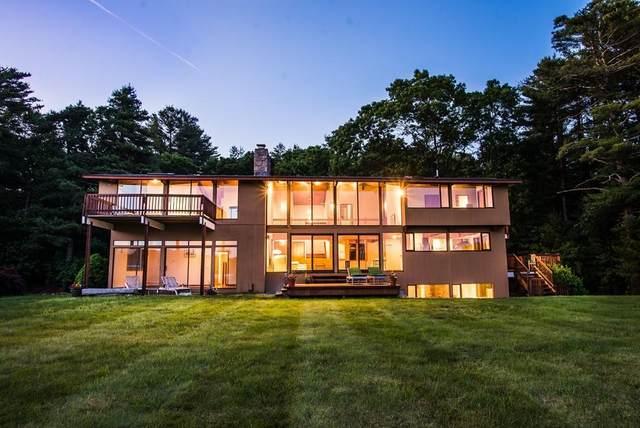 53 Powissett St, Dover, MA 02030 (MLS #72674850) :: Spectrum Real Estate Consultants