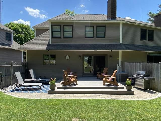 63 Cottage Street #5, Newton, MA 02464 (MLS #72677795) :: The Seyboth Team
