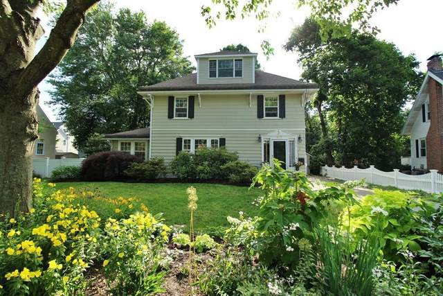 537 Chestnut St, Needham, MA 02492 (MLS #72680777) :: The Gillach Group