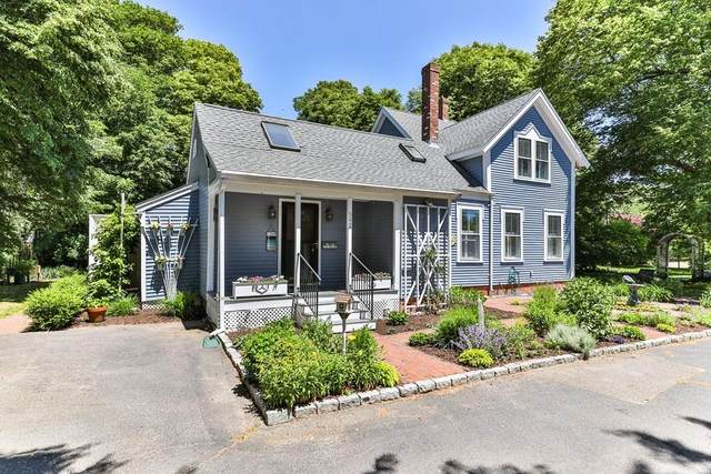 542 South Main Street, Barnstable, MA 02632 (MLS #72681295) :: Welchman Real Estate Group