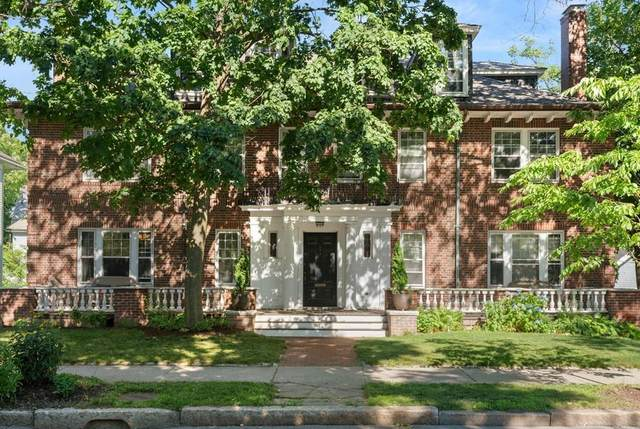 251 Saint Paul St #1, Brookline, MA 02446 (MLS #72681699) :: The Gillach Group