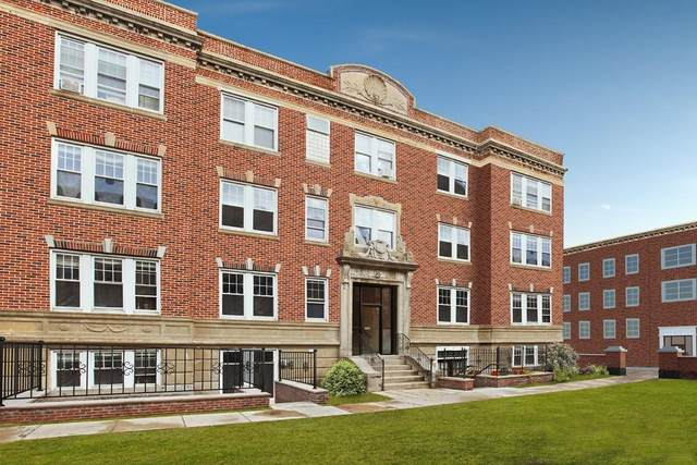 3 Greenway Court #1, Brookline, MA 02446 (MLS #72682480) :: The Seyboth Team