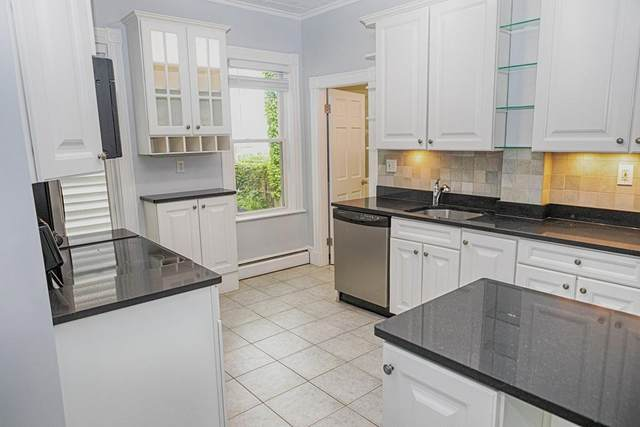 428 East 6th St #1, Boston, MA 02127 (MLS #72683373) :: Boylston Realty Group