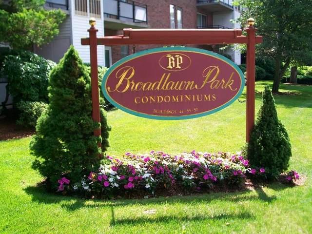 44 Broadlawn Park 16B, Boston, MA 02467 (MLS #72683884) :: The Gillach Group