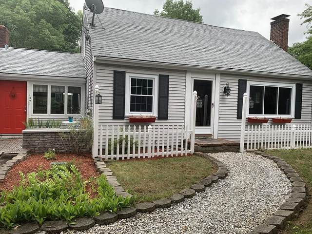 137 King Street, Hanson, MA 02341 (MLS #72684003) :: Walker Residential Team