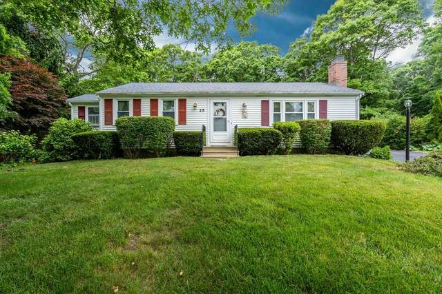 25 Leamington Ln, Mashpee, MA 02649 (MLS #72684915) :: Spectrum Real Estate Consultants