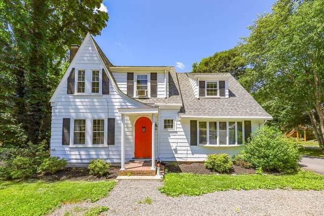 303 Pleasant St, Canton, MA 02021 (MLS #72685489) :: DNA Realty Group