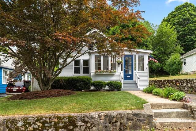 4 Western Ave, Wakefield, MA 01880 (MLS #72685693) :: DNA Realty Group