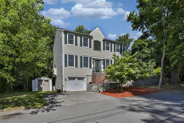 22 Lakeview Avenue, Lynnfield, MA 01940 (MLS #72685833) :: Conway Cityside