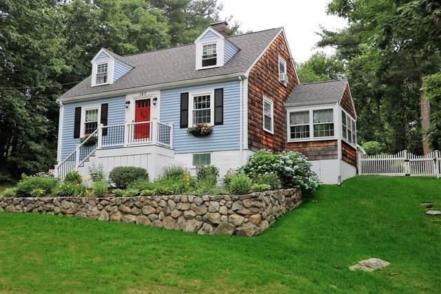 140 Cushing Street, Hingham, MA 02043 (MLS #72686157) :: Welchman Real Estate Group