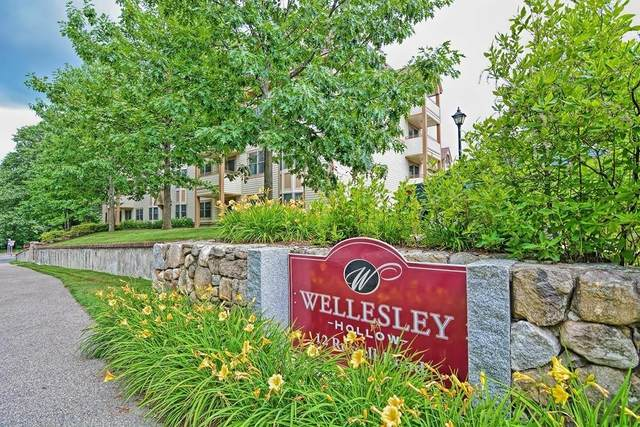 12 Russell Road #208, Wellesley, MA 02482 (MLS #72686181) :: Trust Realty One