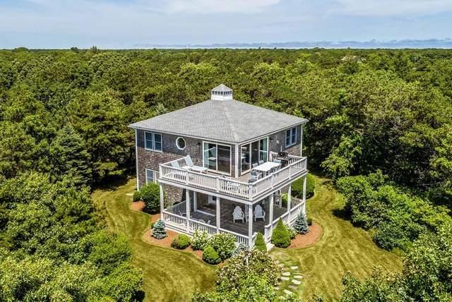 5 Plains Head Ln, Edgartown, MA 02539 (MLS #72686533) :: Kinlin Grover Real Estate