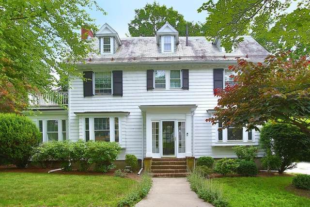 204 Pleasant St, Newton, MA 02459 (MLS #72687350) :: The Seyboth Team