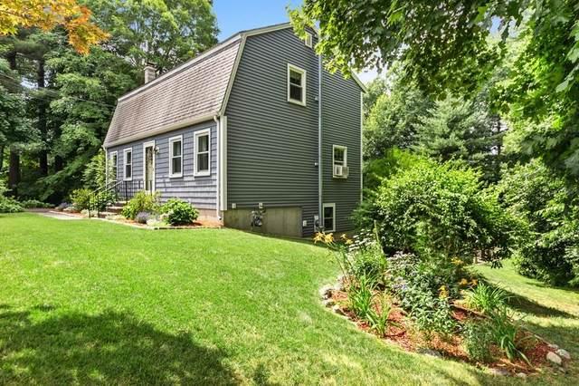 185 School St, Groveland, MA 01834 (MLS #72687438) :: Spectrum Real Estate Consultants