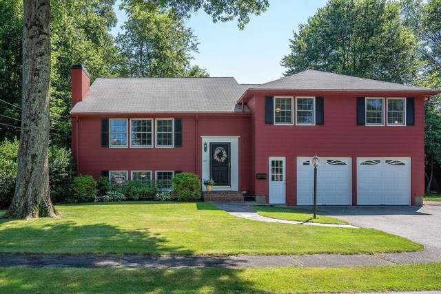 105 Meadowbrook Road, Needham, MA 02492 (MLS #72687722) :: The Gillach Group