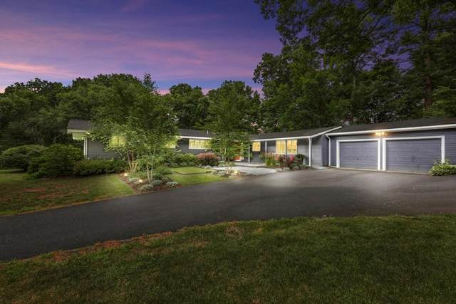 53 Main St, Dover, MA 02030 (MLS #72688554) :: The Duffy Home Selling Team