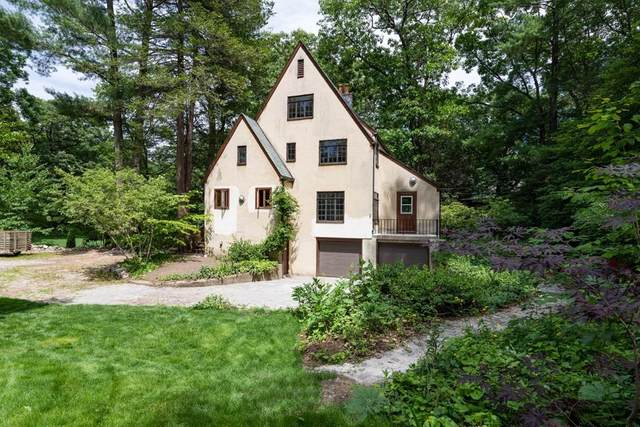 54 Ox Bow Road, Weston, MA 02493 (MLS #72689429) :: Spectrum Real Estate Consultants