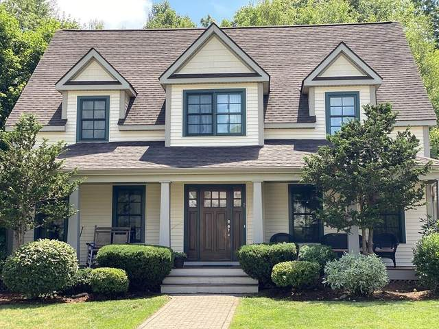 2 Maple Leaf Dr, Boston, MA 02136 (MLS #72689493) :: Westcott Properties